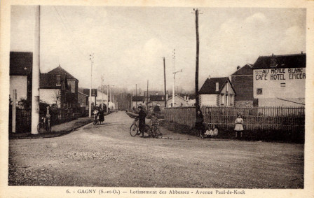 Carte postale de l'avenue paul de kock
